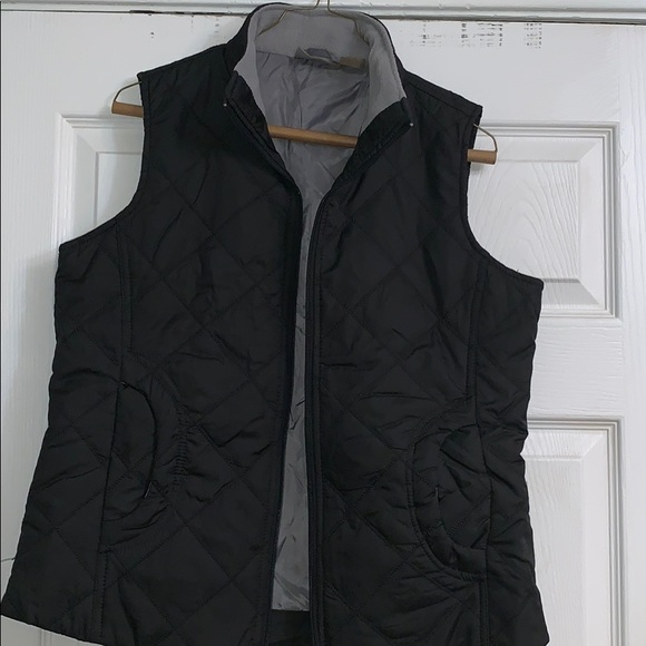 Jane Ashley Jackets & Blazers - Puffer vest
